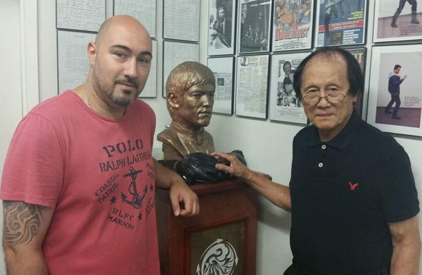 Jeet Kune Do-Wei Kuen Do Integrated Fists